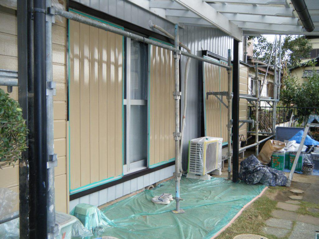 雨戸の塗装工事