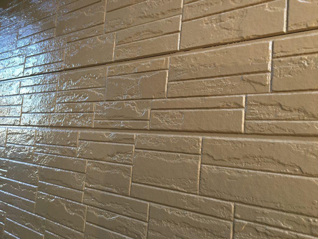 壁の上塗り後