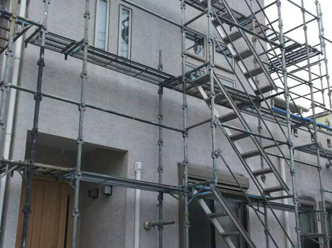 架設足場の組み立て工事