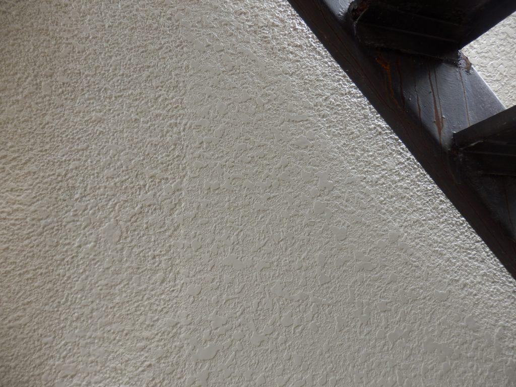 タマ吹き後の壁面