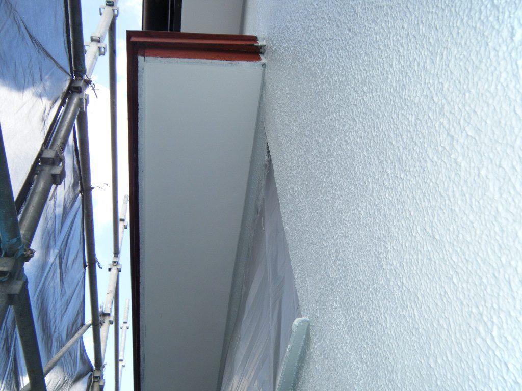 付帯部裏の塗装