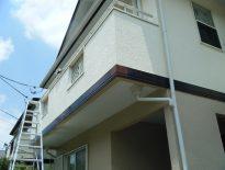 木造二階建ての外壁の塗装工事(3回塗り)|千葉県柏市高南台にお住いのT様邸の塗り替えリフォーム