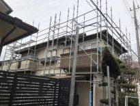 木造二階建ての仮設足場の組み立て|千葉県市原市にお住いのE様邸の足場工事