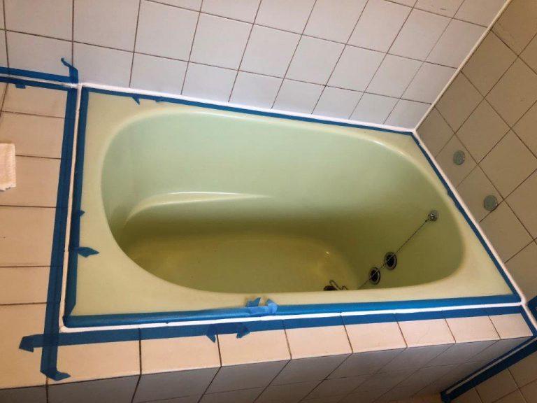 お風呂場のコーキング劣化に伴う打ち直し|千葉県船橋市にお住いのT様邸にて浴室の部分補修工事