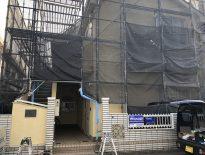 修繕工事に伴う仮設足場の組み立て|千葉県船橋市津田沼の賃貸アパートにて足場工事