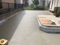 千葉県浦安市にて駐車場の土間コンクリートの打設工事