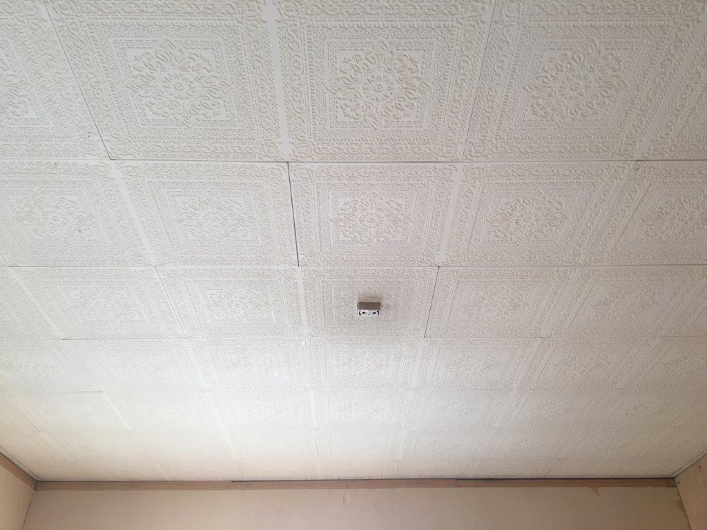 天井のビニールクロス