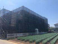 マンションの大規模修繕に伴う仮設足場の組み立て|千葉県八千代市にて足場工事