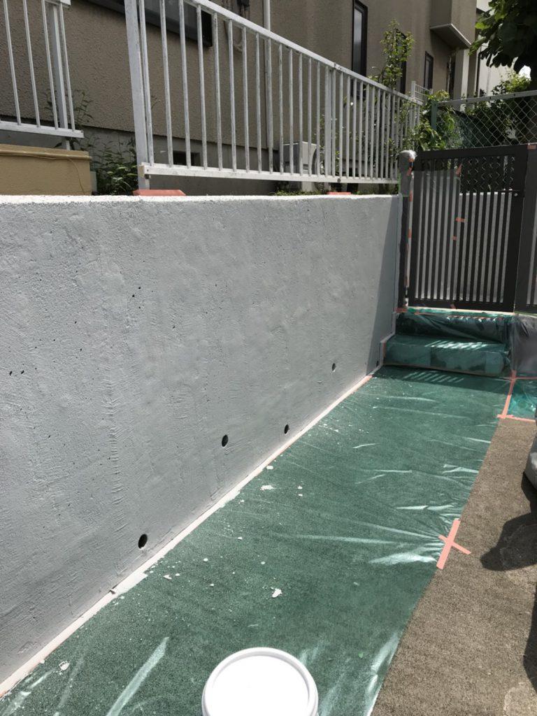 囲い壁の塗装前
