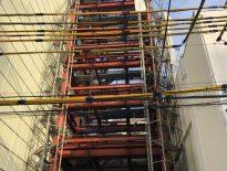 狭小住宅の仮設足場 組み立て工事|東京都足立区のN様邸にて足場工事