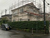 塗装工事(外壁・屋根)に伴う仮設足場の組み立て|千葉県木更津市のT様邸にて足場工事