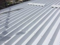 雨漏りに伴う折半屋根の塗装工事|千葉県習志野市のK様邸にて屋根塗装