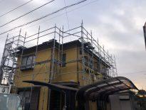 外壁の塗装工事に伴う仮設足場の組み立て|千葉県印西市のM様邸にて足場工事