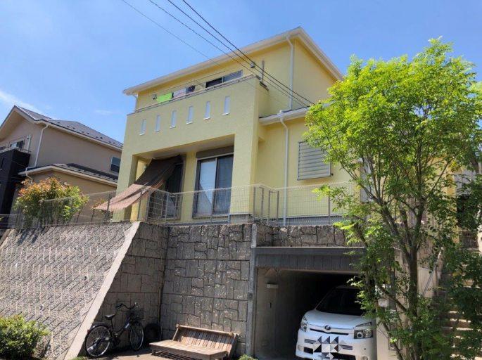 外壁の塗り替え塗装(黄色)